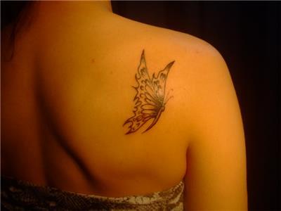 omuza-kelebek-dovmesi---butterfly-tattoos