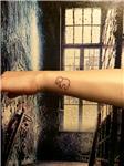 minimal-fil-dovmesi---minimal-elephant-tattoo