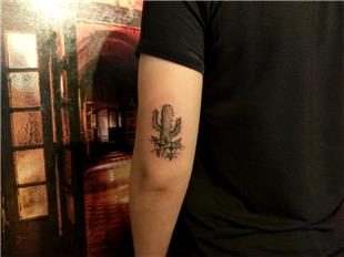 Kaktüs ve Çiçekler Dövmesi / Old School Cactus and Flowers Tattoo