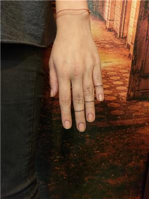 parmaklara-cizgi-dovmeleri---finger-line-tattoos