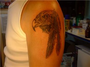 Kartal Başı ve Tüy Dövmesi / Eagle Head and Feather Tattoo
