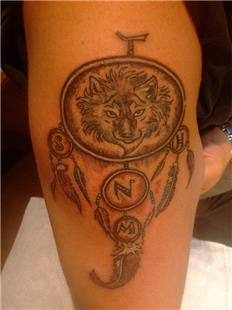 Kurt ve Düş Kapanı Dövmesi / Wolf and Dream Catcher Tattoo