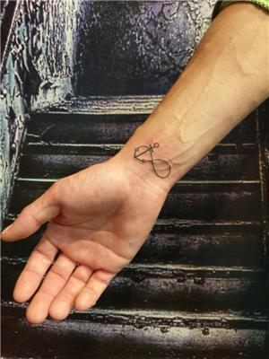 capa-ve-sonsuzluk-dovmesi---anchor-infinity-tattoo