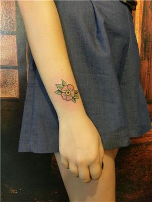 old-school-cicek-dovmesi---old-school-flower-tattoo