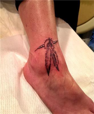 kizilderili-sans-tuyu-halhal-dovme---indian-feather-anklet-tattoo