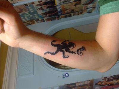 joker-ve-j-harfi-dovmesi---joker-tattoos