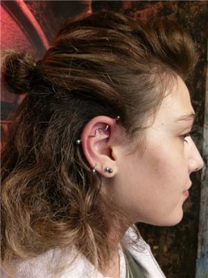 endustriyel-kulak-kopru-piercing---industrial-piercing