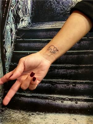minimal-fil-ve-kalp-dovmesi---minimal-elephant-and-heart-tattoo