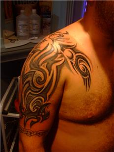Tribal Dövme / Tribal Tattoo